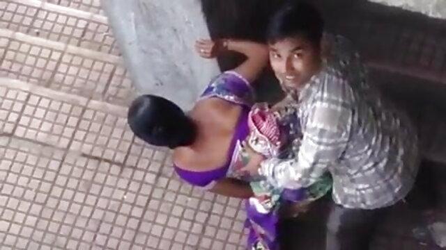 Nickey شکاری stroking آدمی کے عضو تناسل افلام سکس روسی کے ساتھ پاؤں